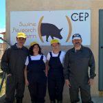 Visita del IRTA: Directora de Innovación y Transferencia del IRTA, Rosa Cubel, junto con la Jefa del Programa de Genética y Mejora Animal, Raquel Quintanilla y el Director del BD Porc, Pedro López